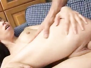 Teen Tries Deepthroat Oral Before They Fuck