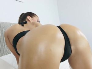 Slick Big Booty On This Cock Riding Babe