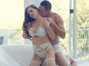 Hot Lingerie Makes Veronica Vain Even More Fuckable